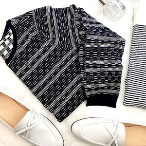 Ann Taylor Sweaters - Ann Taylor Navy & White Textured Stripe Sweater